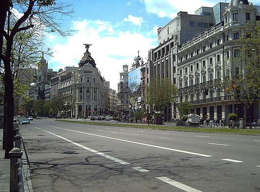 Fotos de madrid calle alcal for Calle jardines madrid